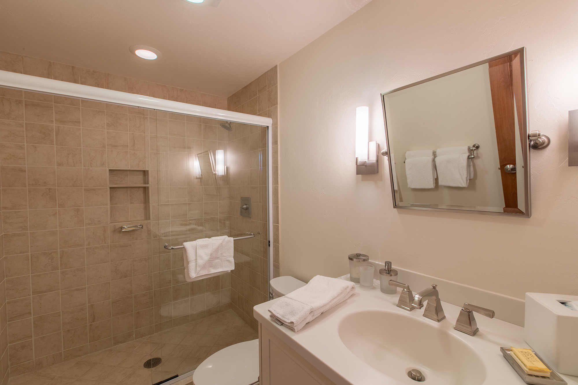 Vail Realty - NORTHWOODS Willow Bldg 306 3-Bed 3-Bath vacation ...