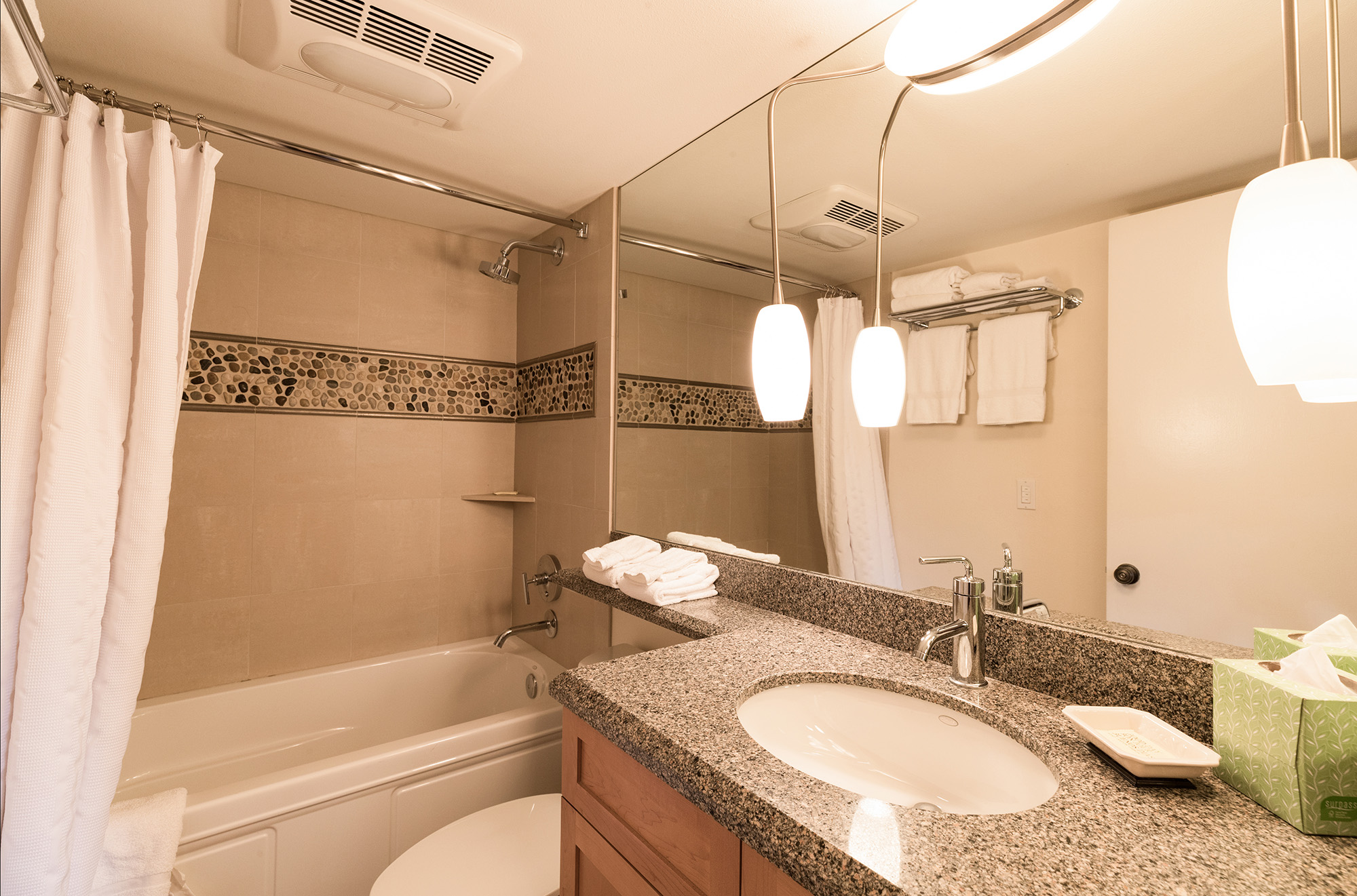 Vail Realty - Village Center #6-E 2-Bed 2-Bath vacation rentals in ...